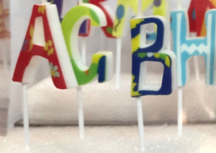 Colorful 26 Pcs Alphabet Letter Birthday Candles Food Grade Wonderful Printing