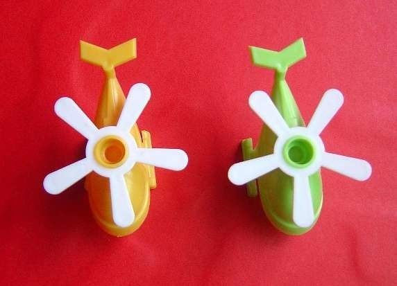 Lovely Airplane Plastic Birthday Candle Holders With 4 Colors For Kids Gifts